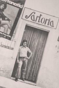 Antonio Melielo al rientro della sua esperienza parigina, ha aperto la sua prima sartoria a Taurisano (Le)